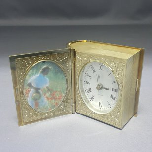 BOOK SHAPE CLOCK